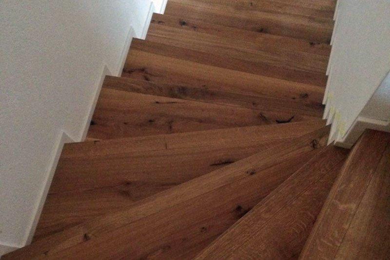 Treppenbelag in Holz