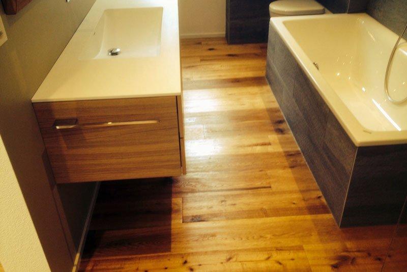 parkett-im-badezimmer - Interieur-Schlegel